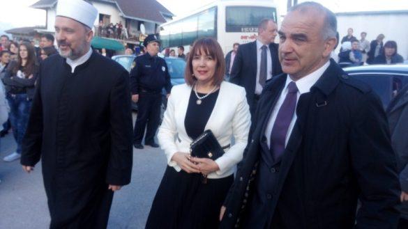 muftija Adilovic, potpredsjednica Mahmutbegovic i nacelnik Donjeg Vakufa Susic